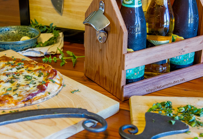 Beer and Pizza Night with a recipe for Easy Garlic and Herb Pizza and a gift guide for those hard to buy for people in your life (wow, so much coolness in one place!).