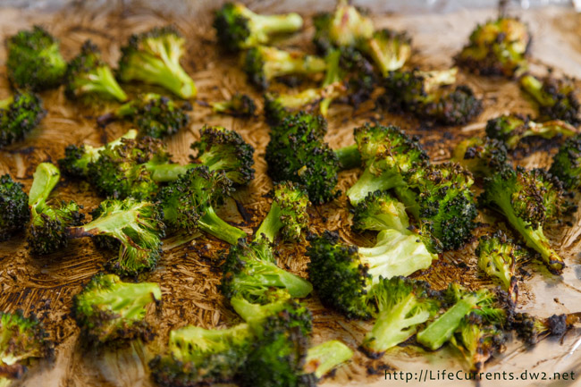 Miso Roasted Broccoli #SundaySupper - a simple and delicious side dish that takes just 10 minutes to roast and is super quick to put together