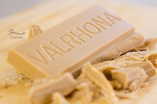 No-Bake Blonde Chocolate Ganache Tart: Dulcey 32%, baking bar