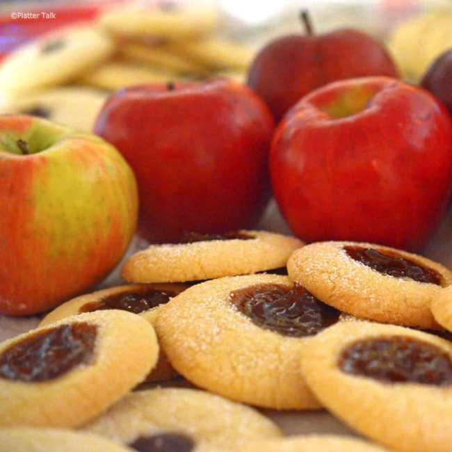 Recipes that use Apple Butter - Scottish Tea Cookies with Apple Butter