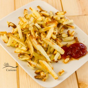 Oil-Free Oven French Fries Recipe from Life Currents a fun treat that's on the healthy side