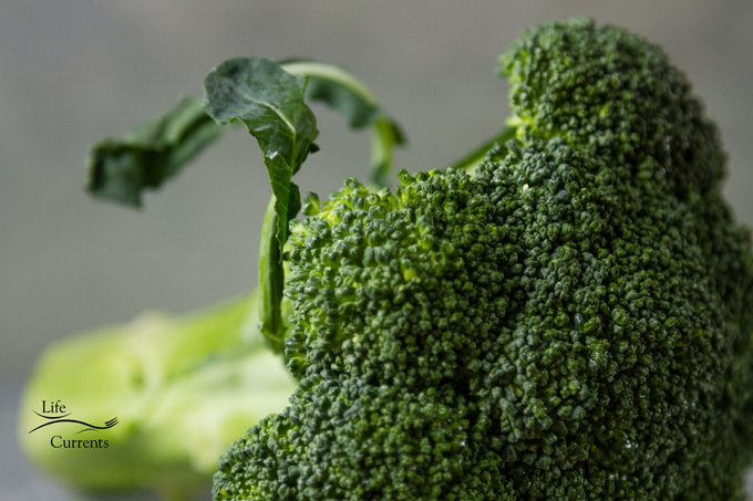 Simple Veggie Side Dishes that are perfect for the holidays - broccoli