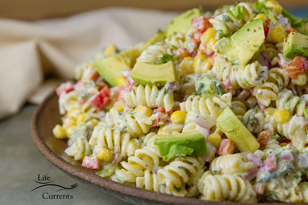 Skinny Avocado Ranch Pasta Salad is a nice creamy flavorful summer side dish