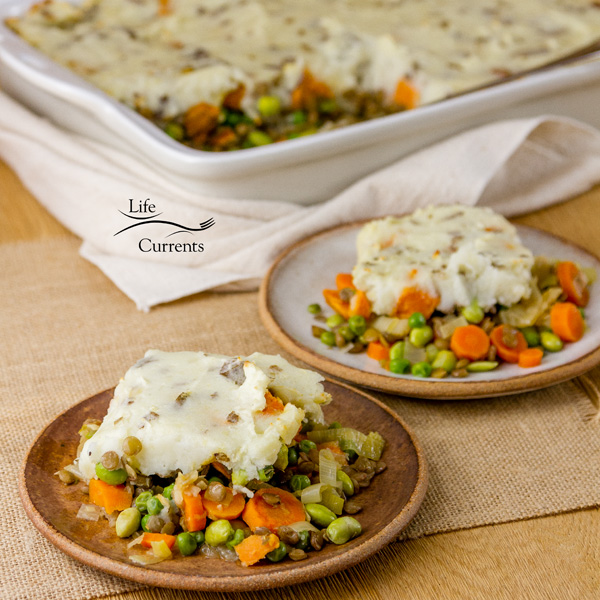 Vegetarian Shepherd's Pie great for a a friend who just had a baby or, as a housewarming dinner for a new neighbor