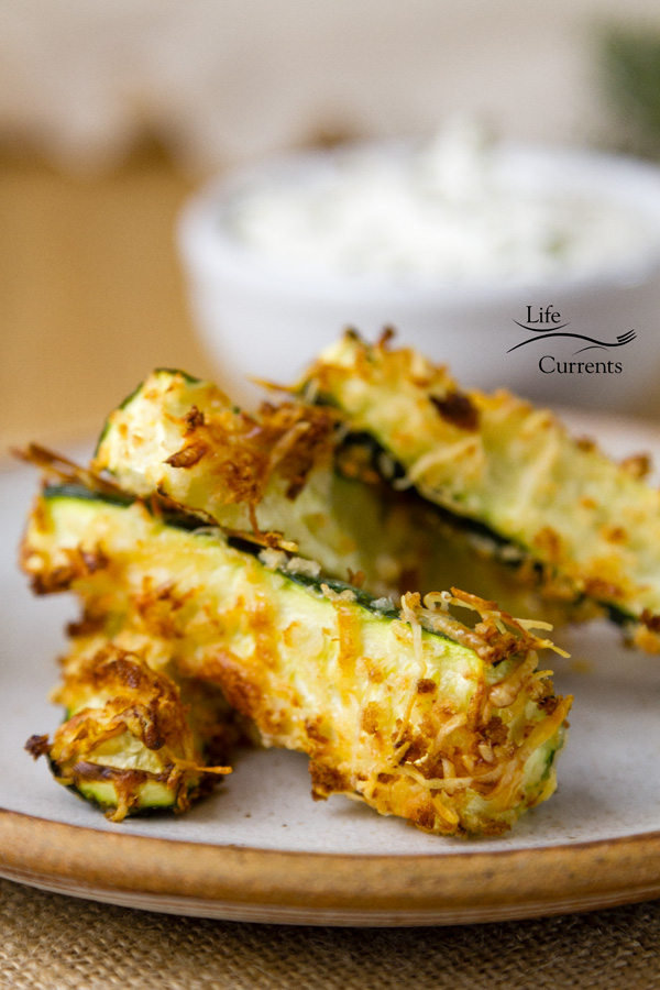 These Healthy Baked Parmesan Zucchini Fries are husband approved!