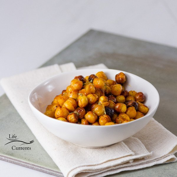 Buffalo Roasted Chickpeas - Life Currents healthy vegan snack