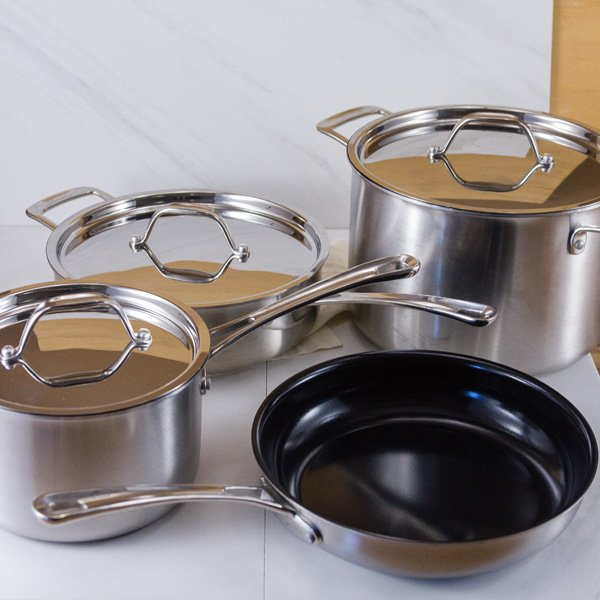 7 piece set of ceramic cookware
