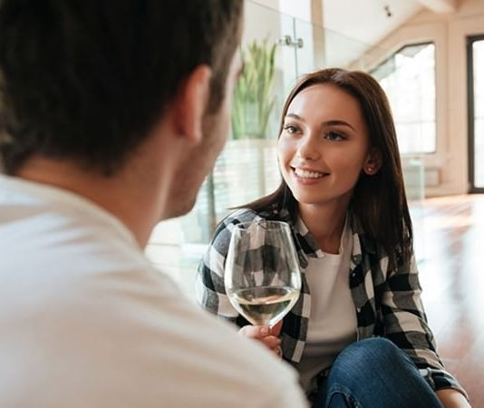 How do You Know If a Woman Likes You
