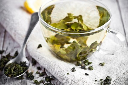 Mentioned in every detox programme you'll ever find, Green tea packs a serious nutrient punch. It includes LOTS of antioxidants and antivirals which will cleanse the system of toxic substances. It also reduces stress, boosts immunity, reduces blood pressure, unhealthy sugar imbalances and aids weight loss.