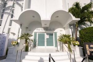 NFT ART Exhibition na Miami Temple House