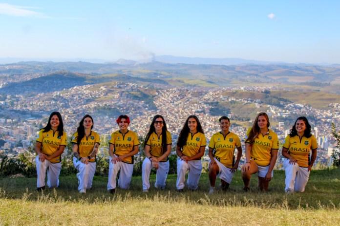 Seleção Feminina de Críquete recruta atleta olímpica