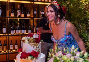 Influencer Brunay Correia, celebra 32 anos com estilo Princesa