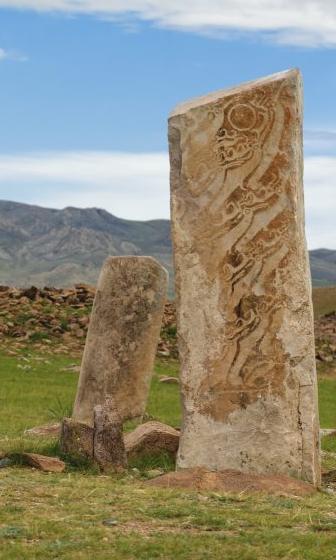 deer-stones-mongolia-861x574