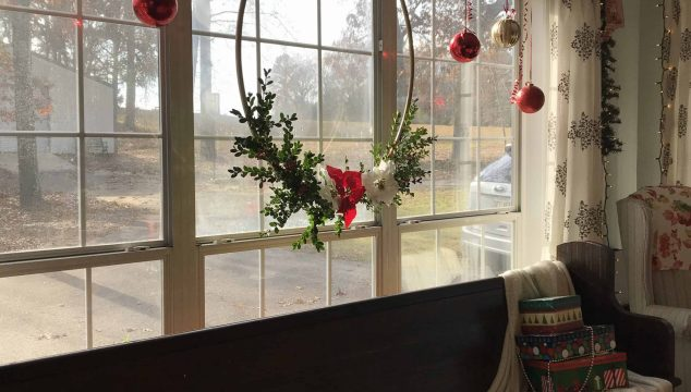 Life Full and Frugal/Christmas Hoop Wreath
