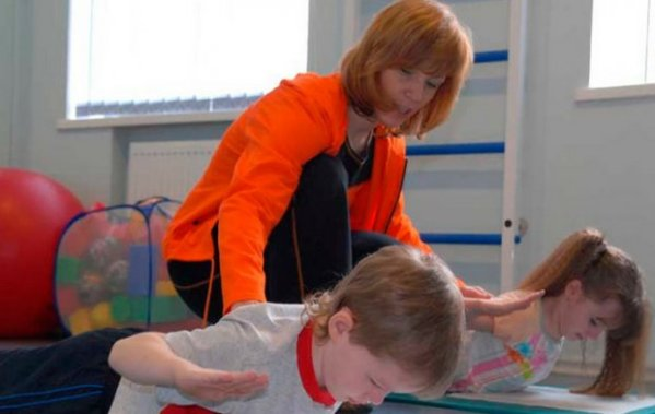 Упражнения при сколиозе у детей 1-й и 2-й степени ...