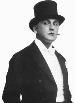 Александр Вертинский в смокинге