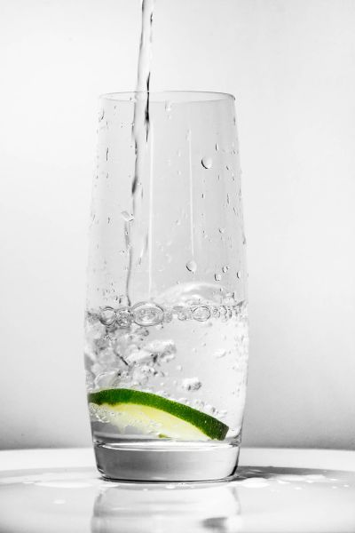 Для похудения нужно пить воду с лимоном