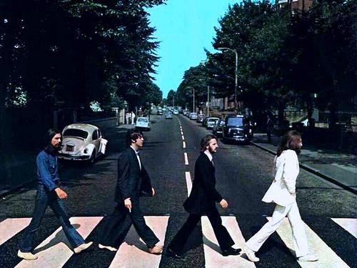 обложка Abbey Road, биттлз, битломаны