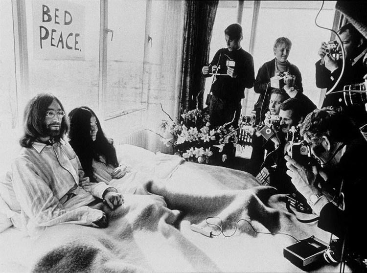 Биттлз, Джон Леннон, Йоко Оно, постельное интервью, Амстердам