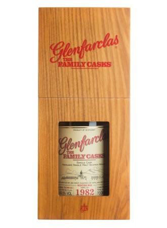 виски Glenfarclas The Family Cask, wooden box