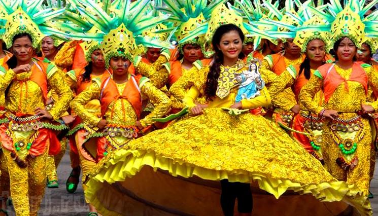 фишки дня - 12 марта, Всемирный день ананаса, фестиваль ананасов Лампанг Таиланд