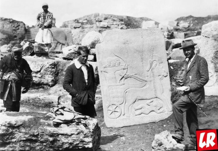 фишки дня - 21 марта, шумерский город Ур, раскопки в Уре, поэтесса Энхедуанна