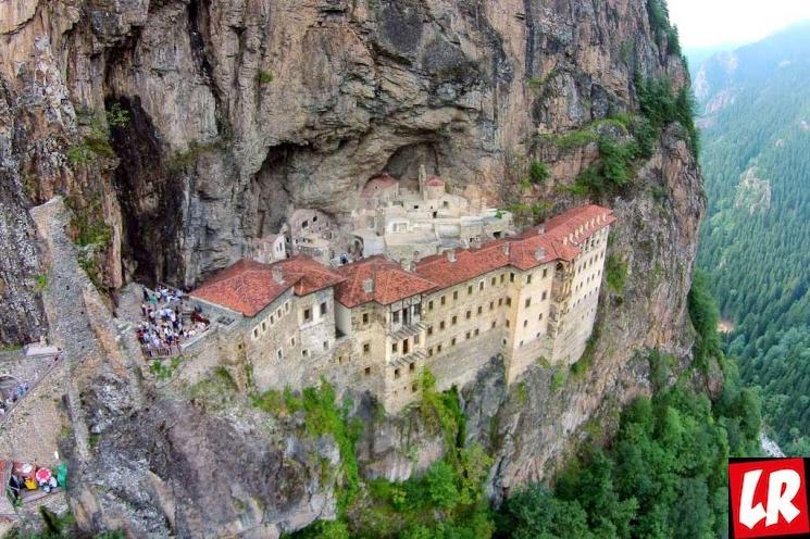 фишки дня - 20 июля, монастырь Сумела, Трабзон, фестиваль Кадырга