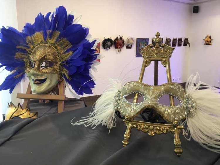 Маска карнавальная, маски, синие перья