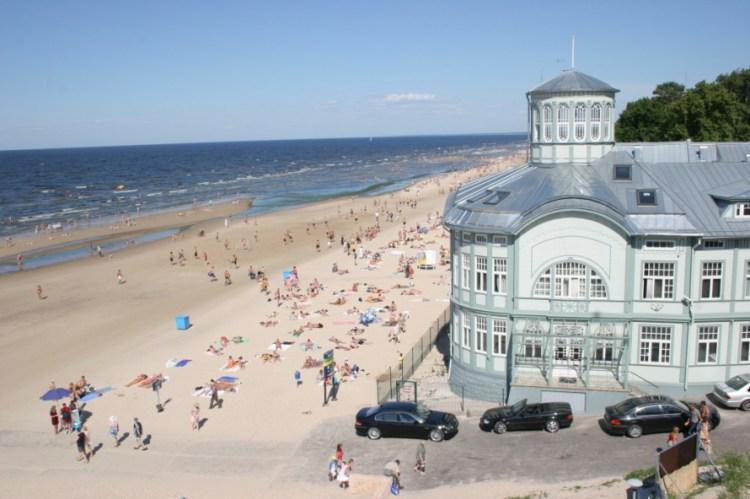 Юрмала, Латвия, пляж, отдых, коронавирус и туризм