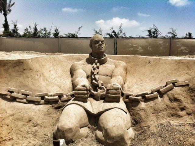 Znalezione obrazy dla zapytania niewolnicy zdjecia