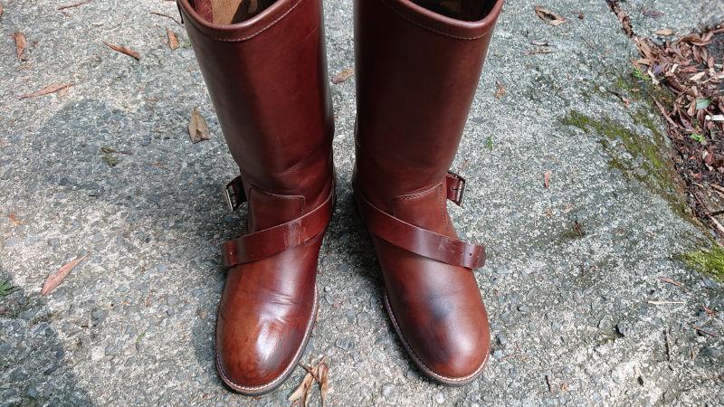 右足側ブーツオイルアップ