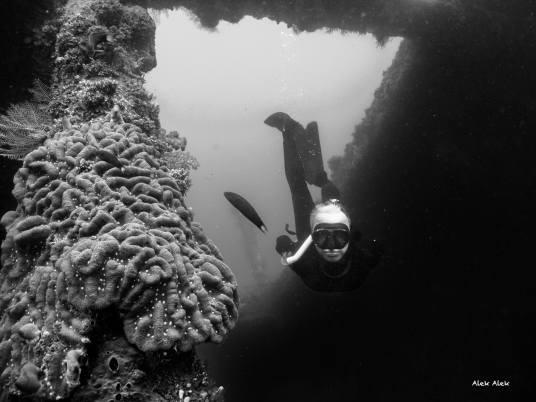 Wrak USS Liberty, Tulamben, Bali, foto: Alex