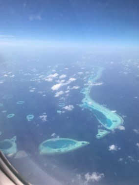 wyspy na Malediwach, atoll, grupy wysp, widok z samolotu