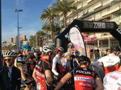 Arranca la segunda edición de la Costablanca Bike Race 2016. 1 etapa Benidorm La Nucía y como siempre los mejores corredores internacionales vuelven a participar en la ya convertida carrera MTB más importante de la Comunidad Valenciana. Además uno de los mejores del Mundo Sergio Mantecón y el campeón de mountain bike 2015 de España David Valero mandan saludos :)