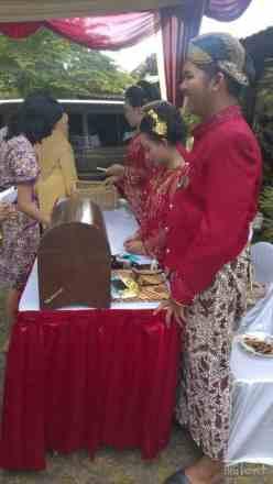 Guest registration in wedding