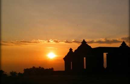 Sunset in Ratu Boko temple