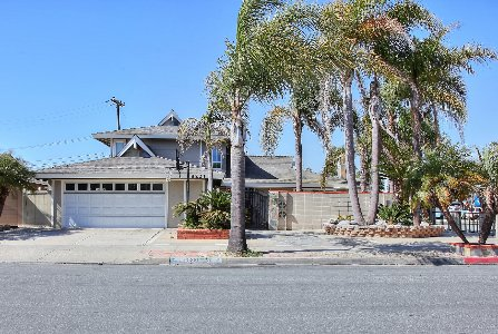 8221 Kingfisher, Huntington Beach