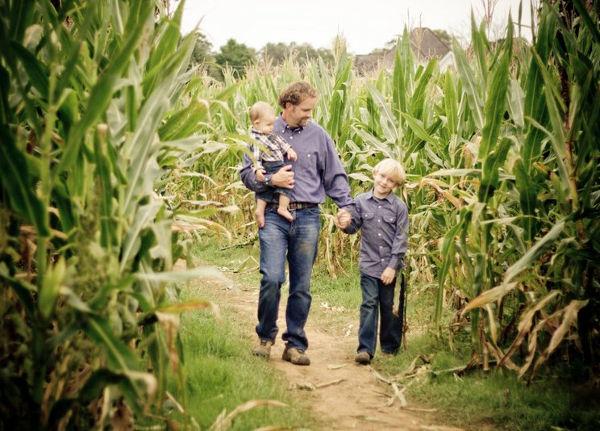oakesfarm-cornmaze