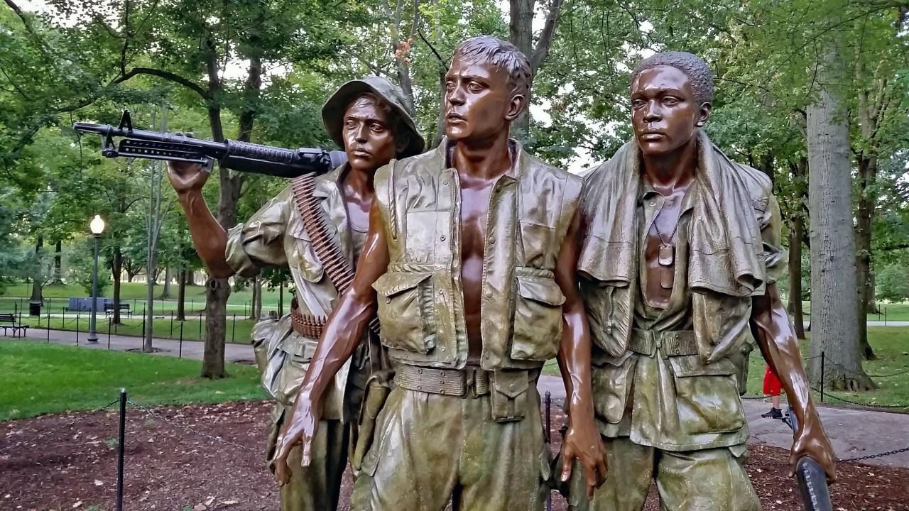 3 Servicemen 2