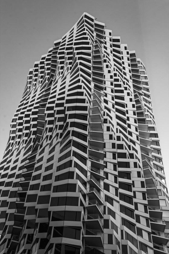 MIRA Tower Mono