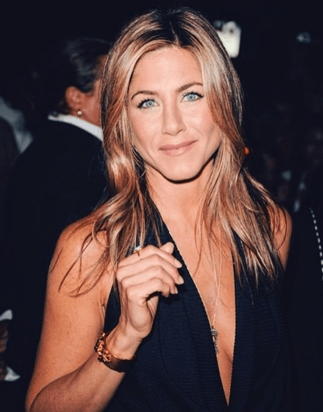 Top 5 Celebrities Who Look Great Over Age 45 5