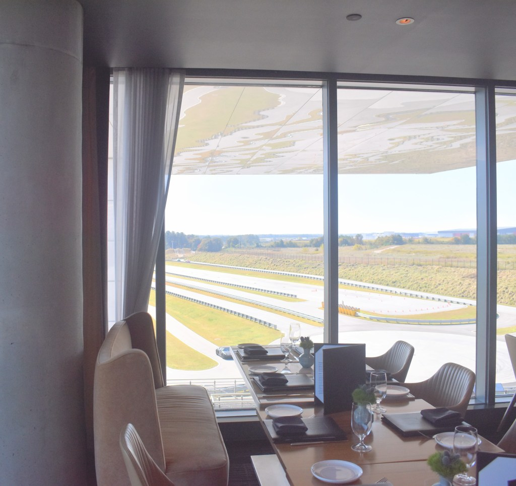 Restaurant 356 Porsche Experience Center Atlanta