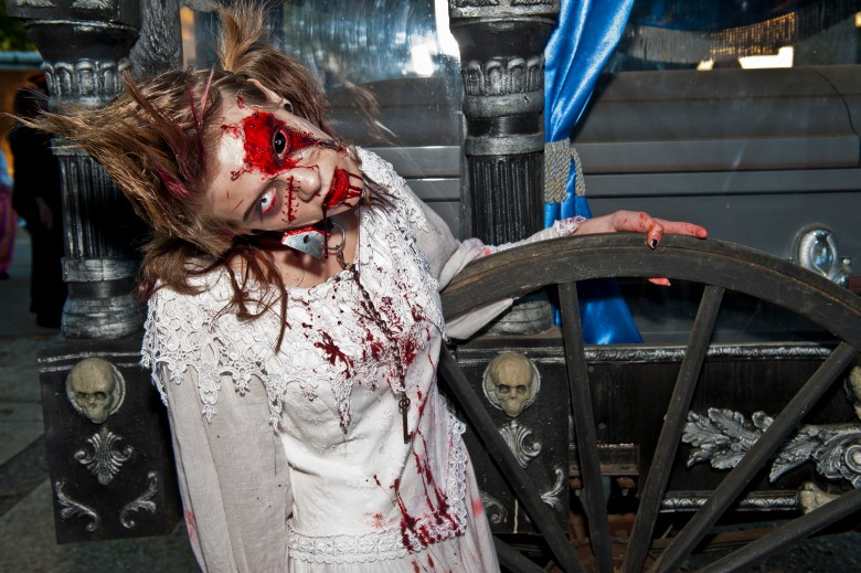 Six Flags Great Adventure Fright Fest is Back! 3