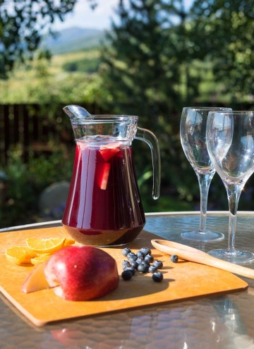 sangria with glasses