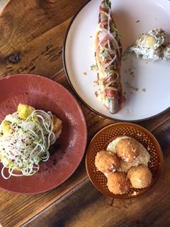 Lunch at Matur og Drykkur: plokkfiskur, pulsyr, salted cod