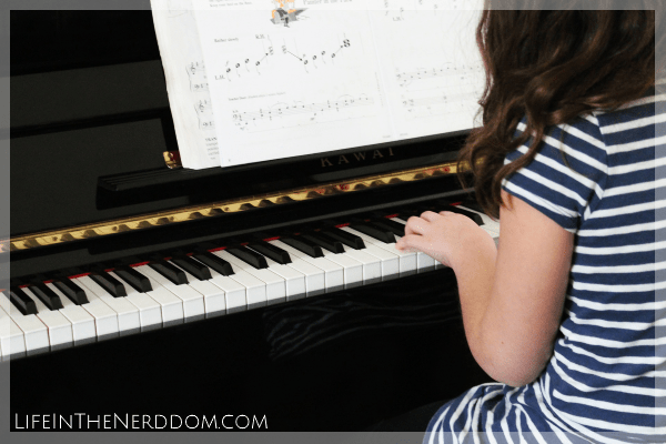 Free Piano Lessons for Kids at LifeInTheNerddom.com