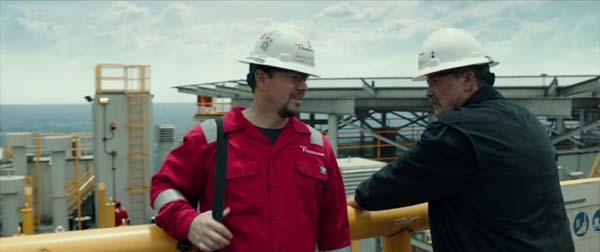 Mark Wahlberg, Kurt Russell- oil