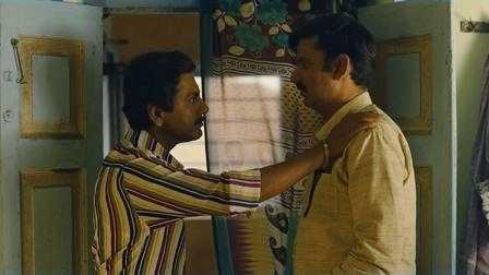 Nawazuddin Siddique and Girish Kulkarni make strange bedfellows.
