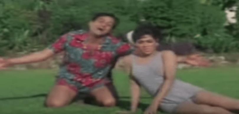 Joy Mukherjee serenades Anjana Mumtaz.