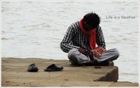 Maheshwar Narmada Bead Seller